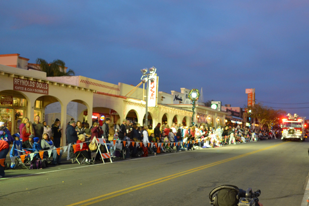 Chamber Holiday Events 2013 in Boulder City, Nevada