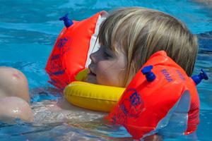 Step Into Swim Funding | National Swimming Pool Foundation