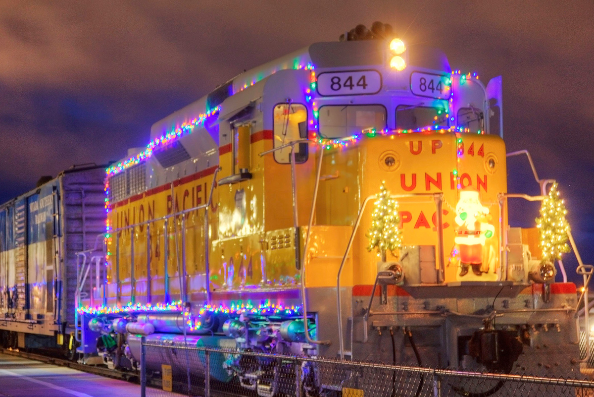 Boulder City Christmas Lights 2020 Santa Train & Pajama Train Tickets Now On Sale   Boulder City
