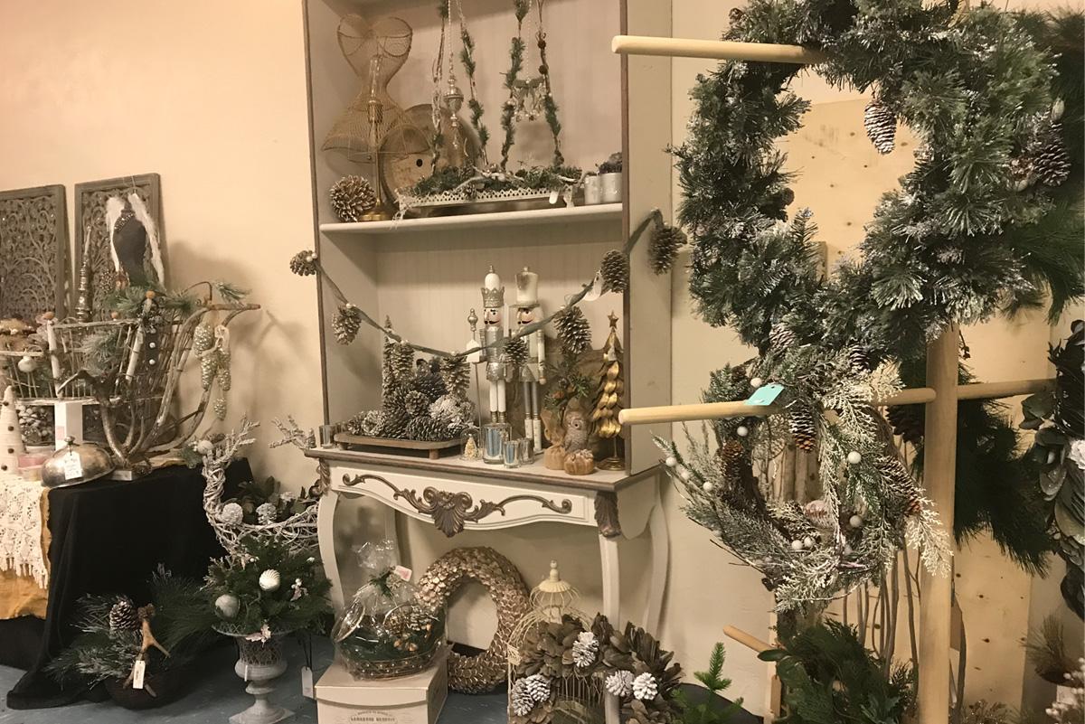 ChristmasStore2
