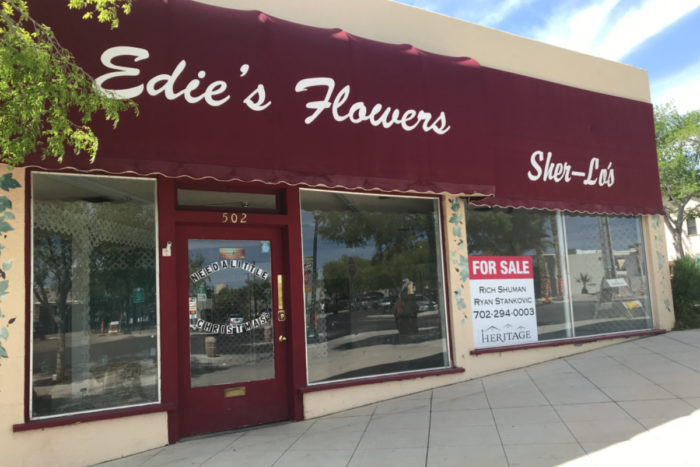 Edies Flowers Sold Boulder City, Nevada