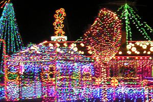 christmasLightsOnFifthStreet