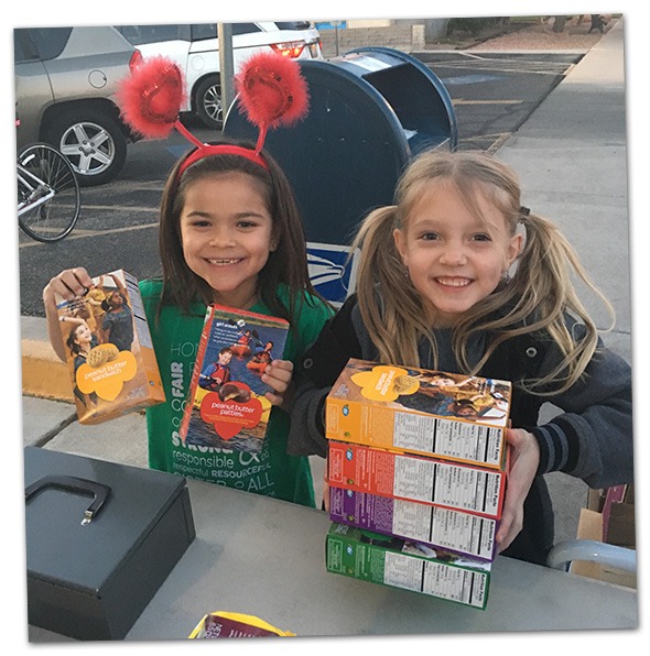 Girl Scout Cookie Sale 2016 in Boulder City, Nevada