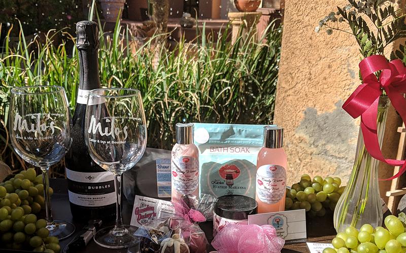 Milos Inn Romance Package Boulder City, NV