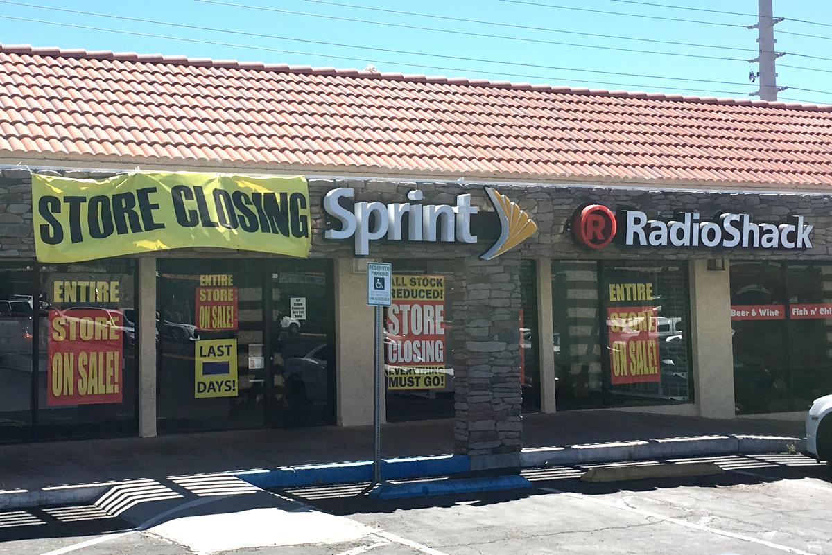 Boulder City Radio Shack Closed